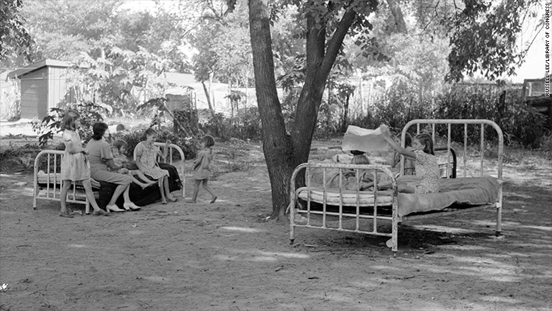 151019021149-backyard-beds-oklahoma-780x439