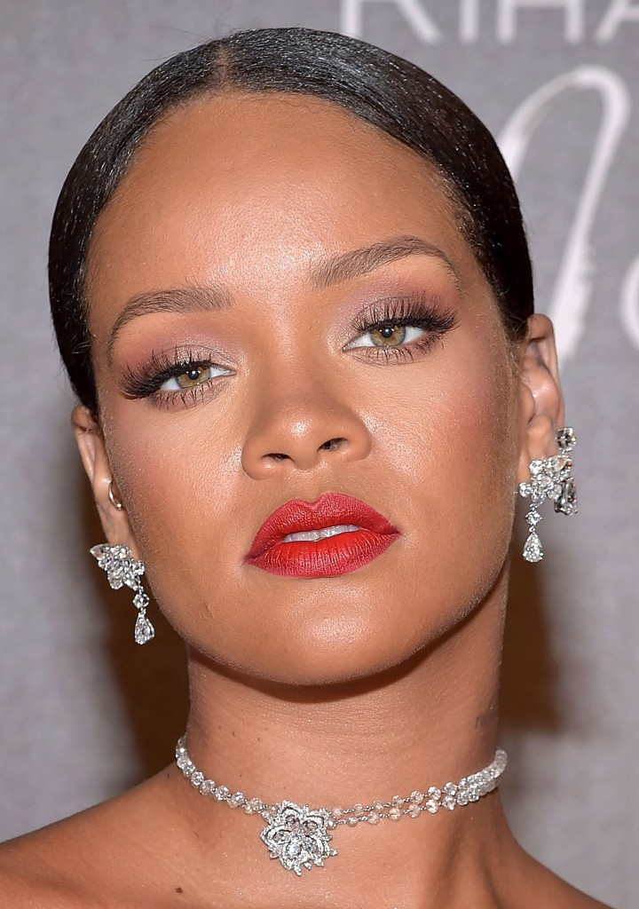 CANNES, FRANCE - MAY 18:  Rihanna attends the Chopard Dinner in honour of her and the Rihanna X Chopard Collection during the 70th annual Cannes Film Festival on the Chopard Rooftop on May 18, 2017 in Cannes, France.  (Photo by Pascal Le Segretain/Getty Images)