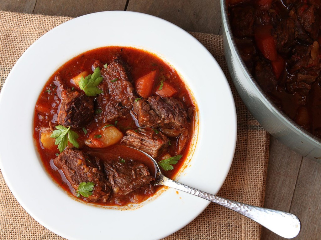 20160205-beef-goulash-hungarian-recipe-food-lab-26-thumb-1500xauto-429586