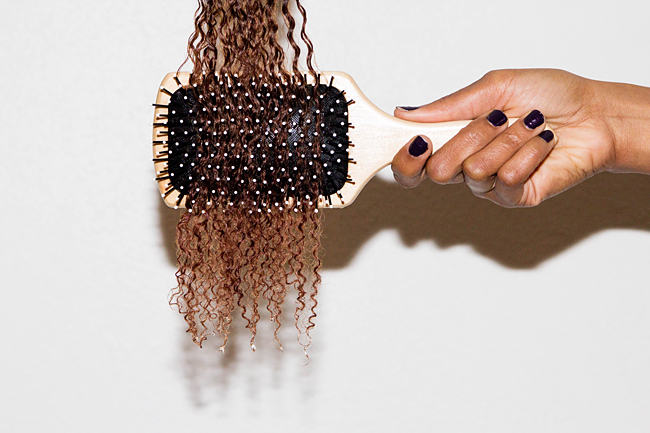 How To Brush Wet Curly Hair / Notes On Wet Curls And Hair Brushes - http://www.kisforkinky.com/how-to-brush-wet-curly-hair